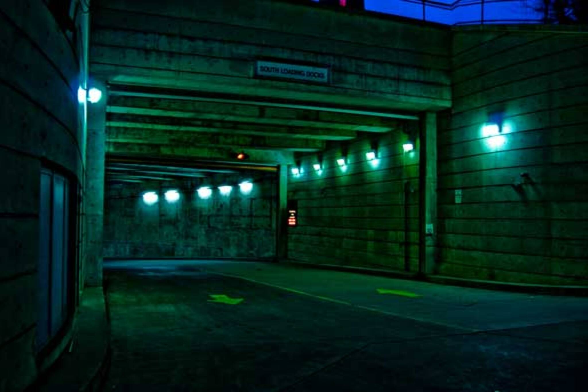 Ghostly Parking by diffuseeee_//X:))