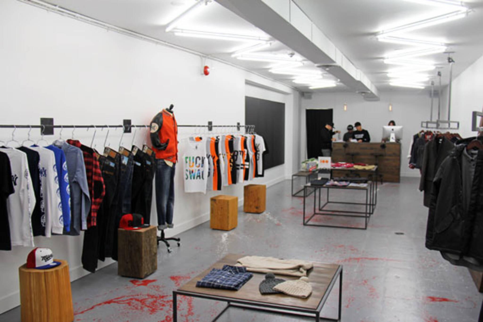 fashion stores toronto
