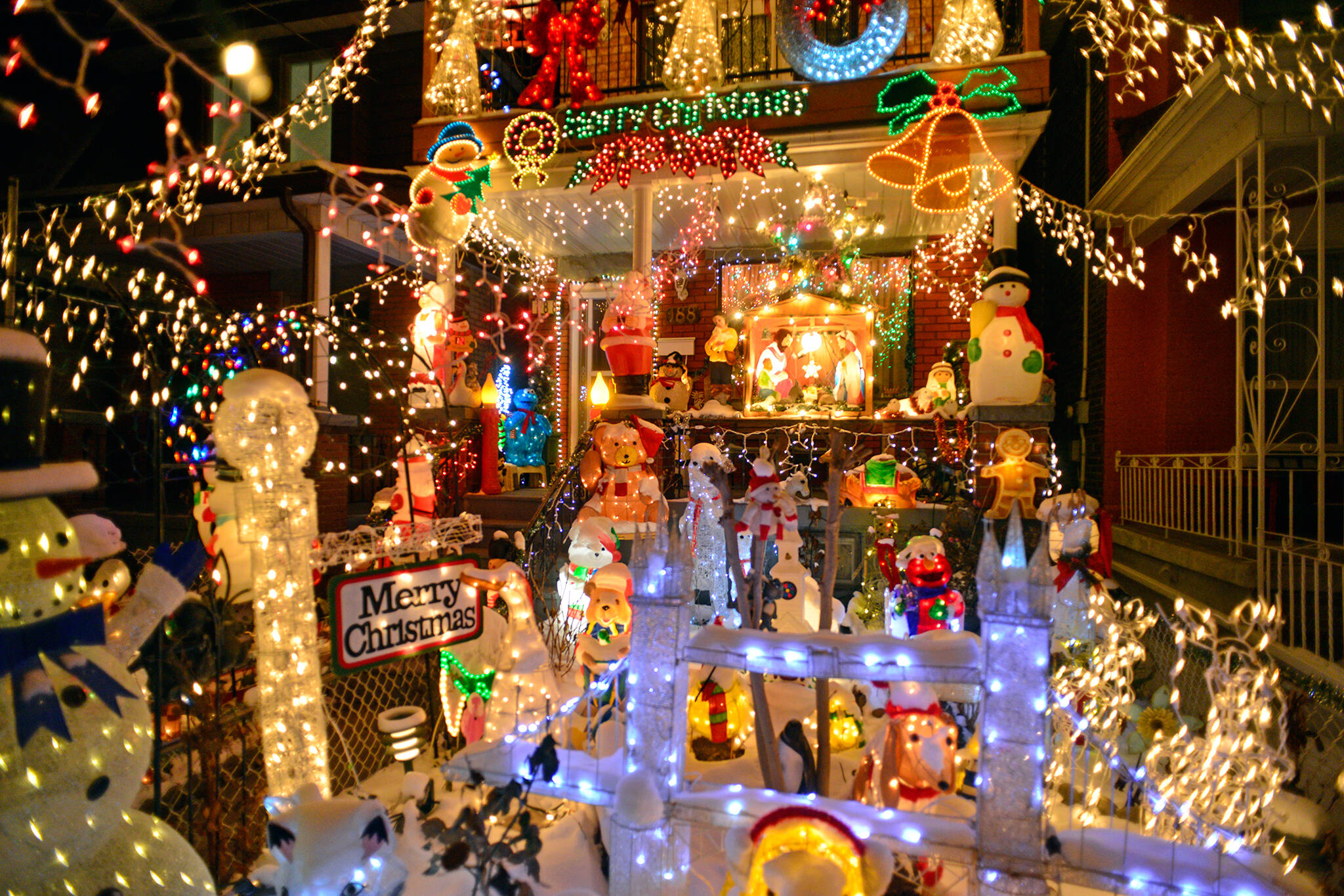 holiday lights toronto