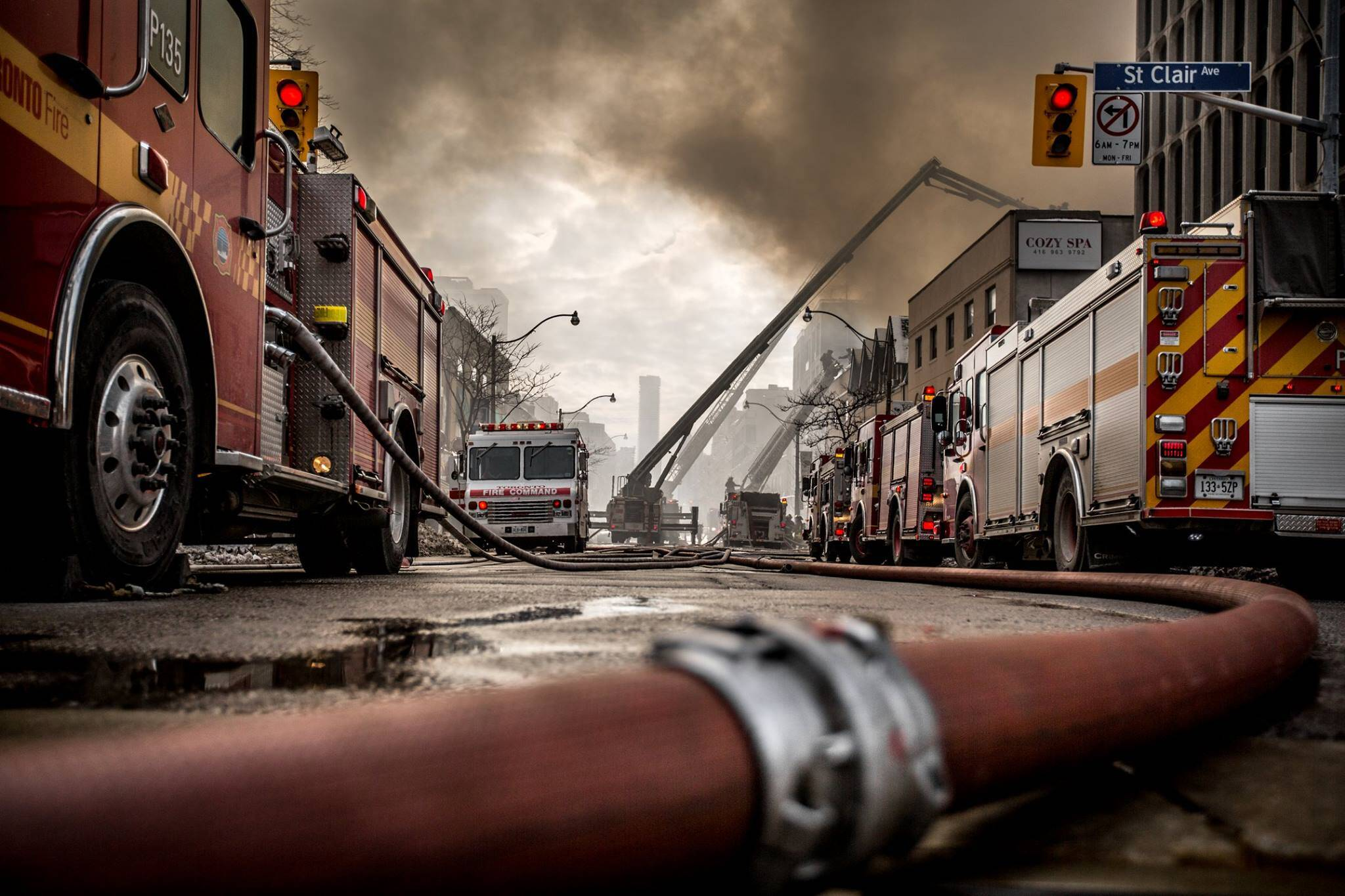 toronto fire photos