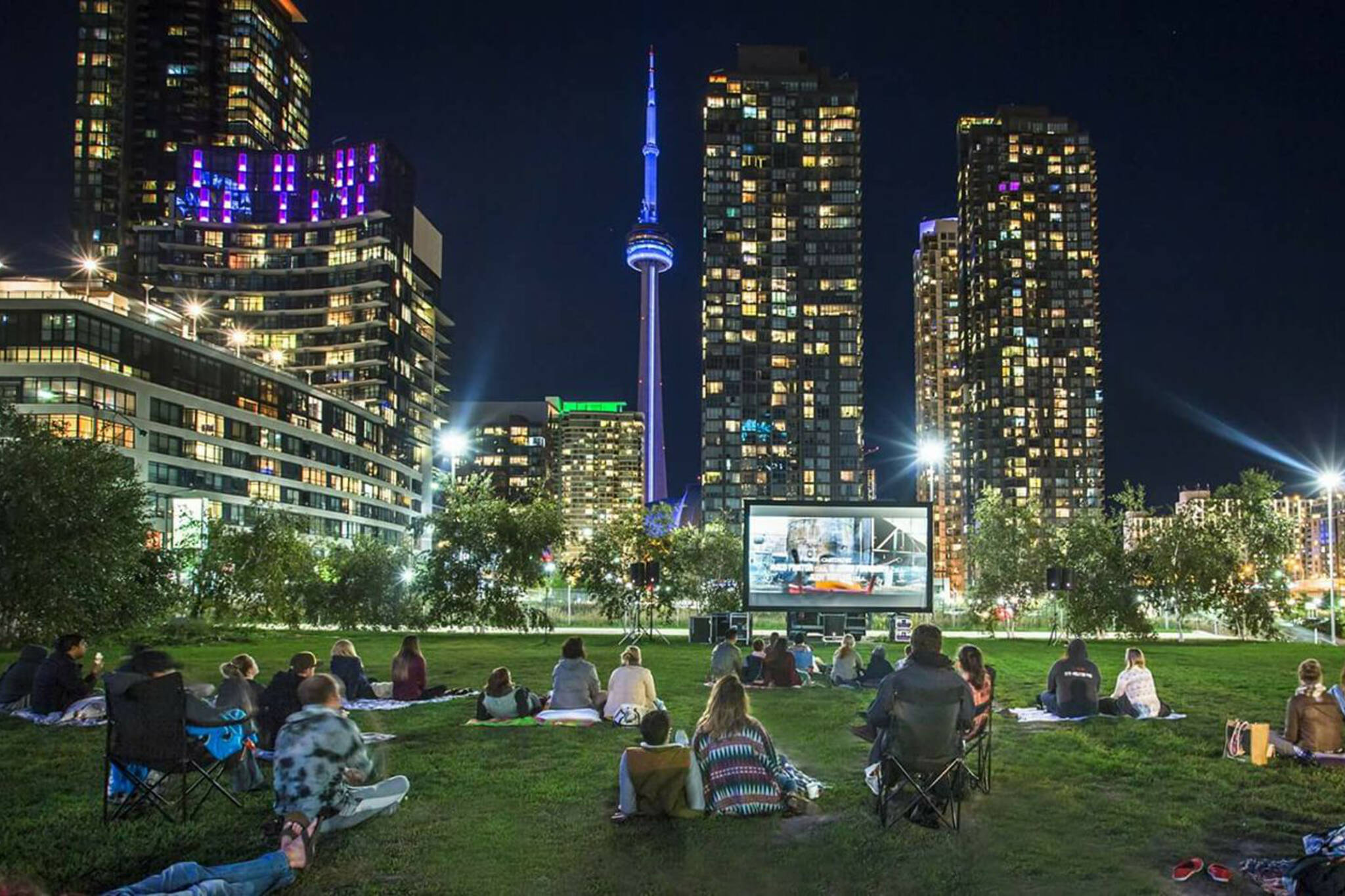 outdoor film screenings toronto