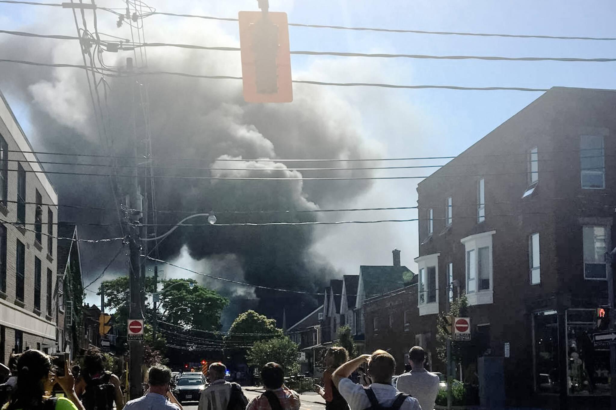 toronto smoke fire
