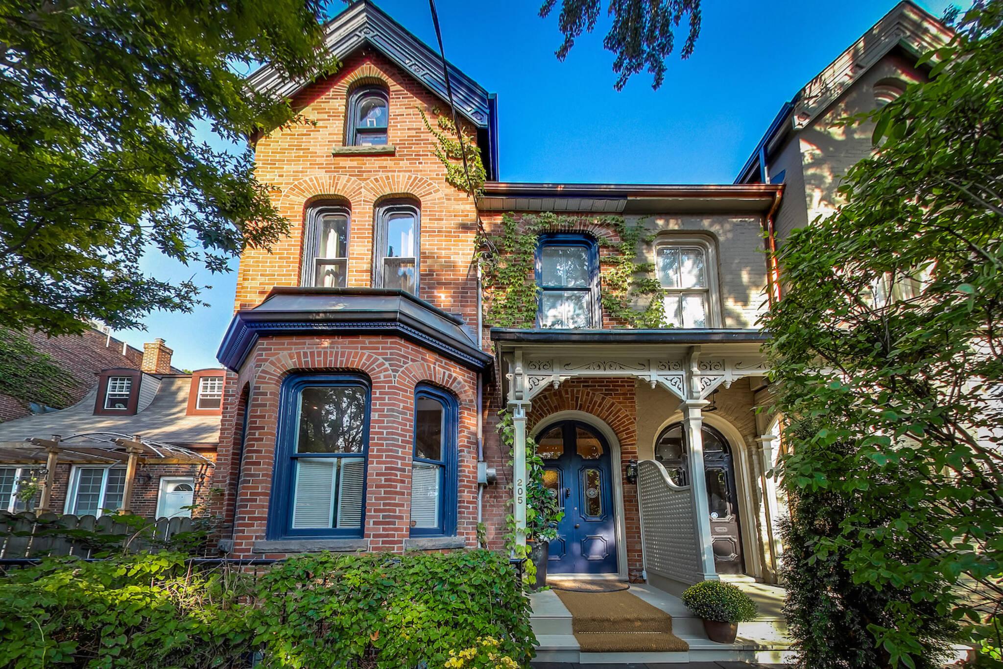 205 Seaton Street Toronto