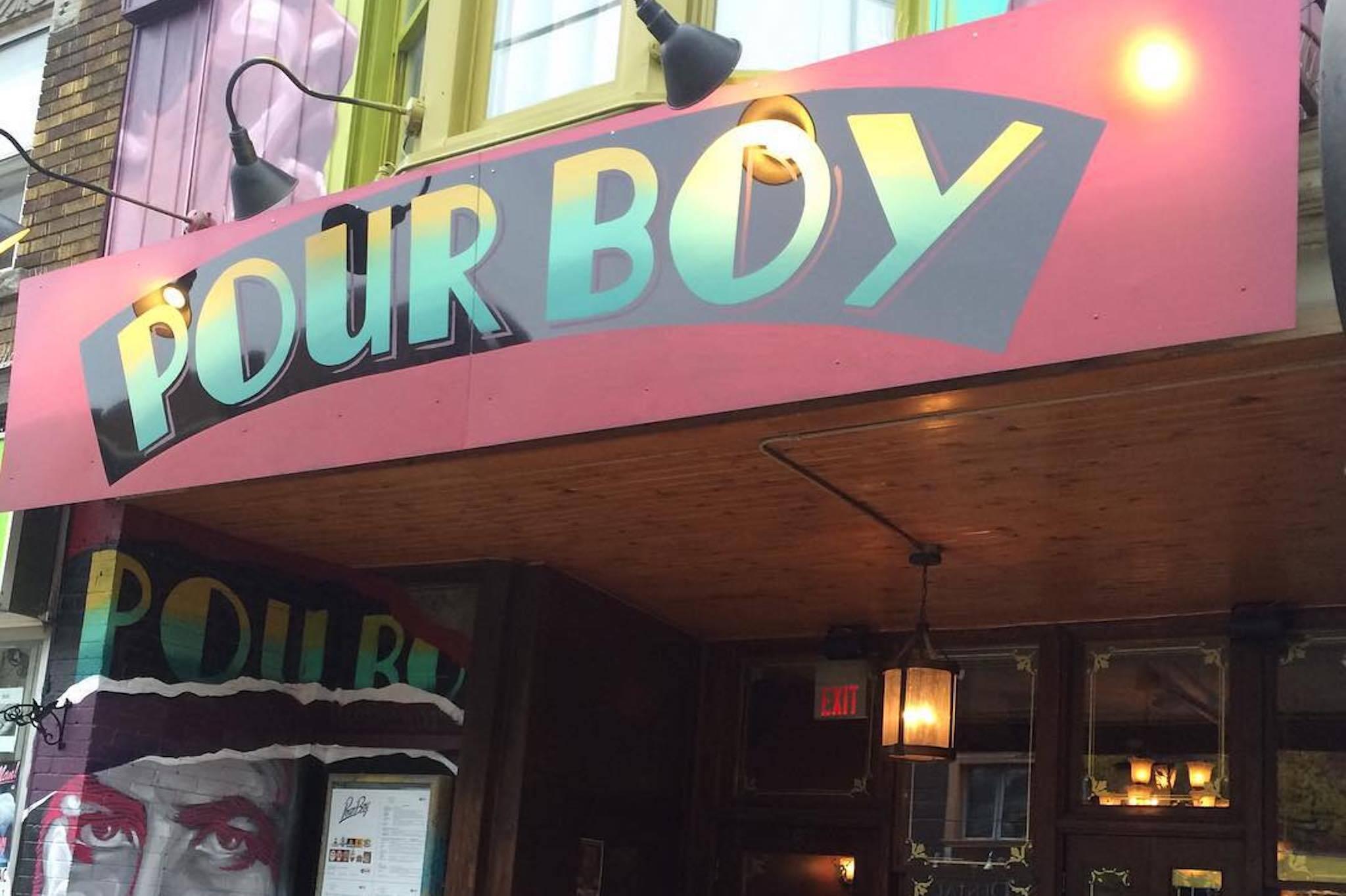 toronto beerocracy pour boy