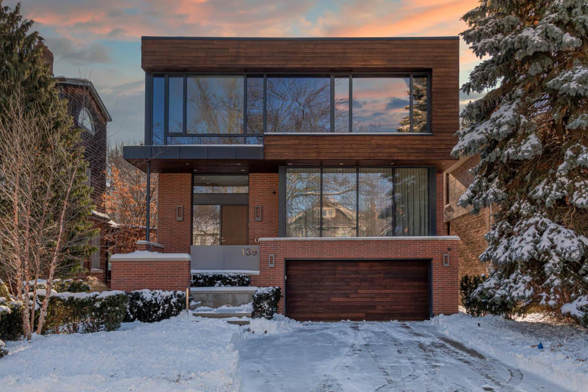 139 Sheldrake Boulevard Toronto
