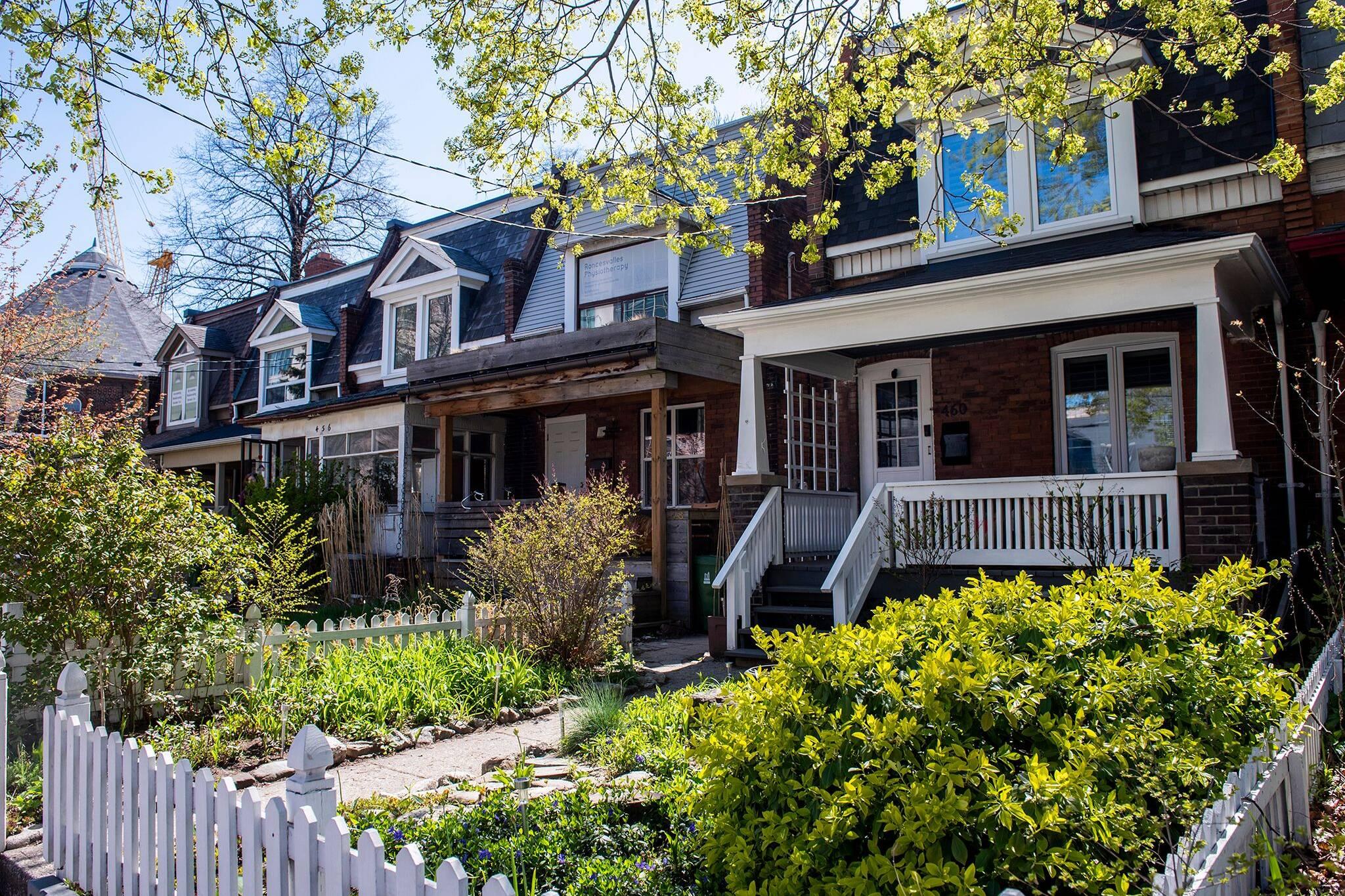 toronto home sales
