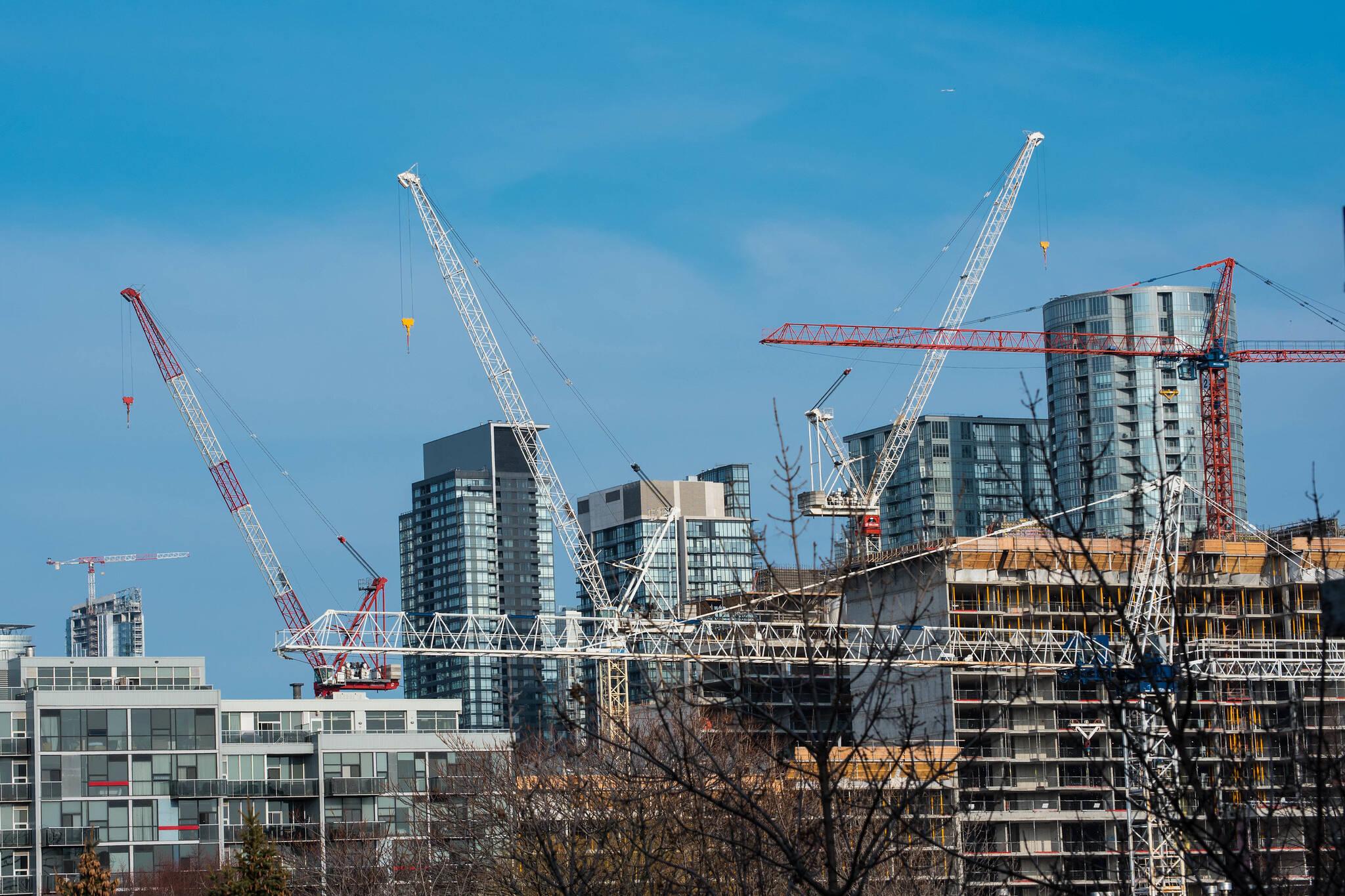 construction crane toronto
