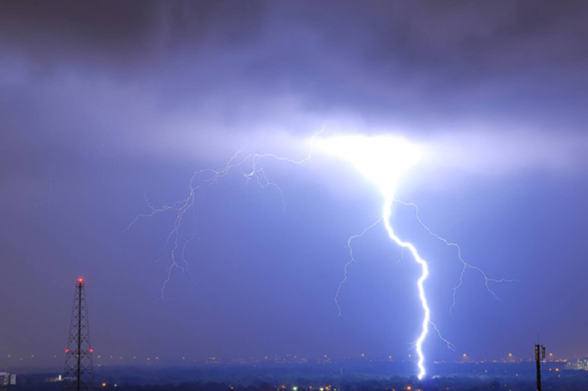 Thunderstorm toronto