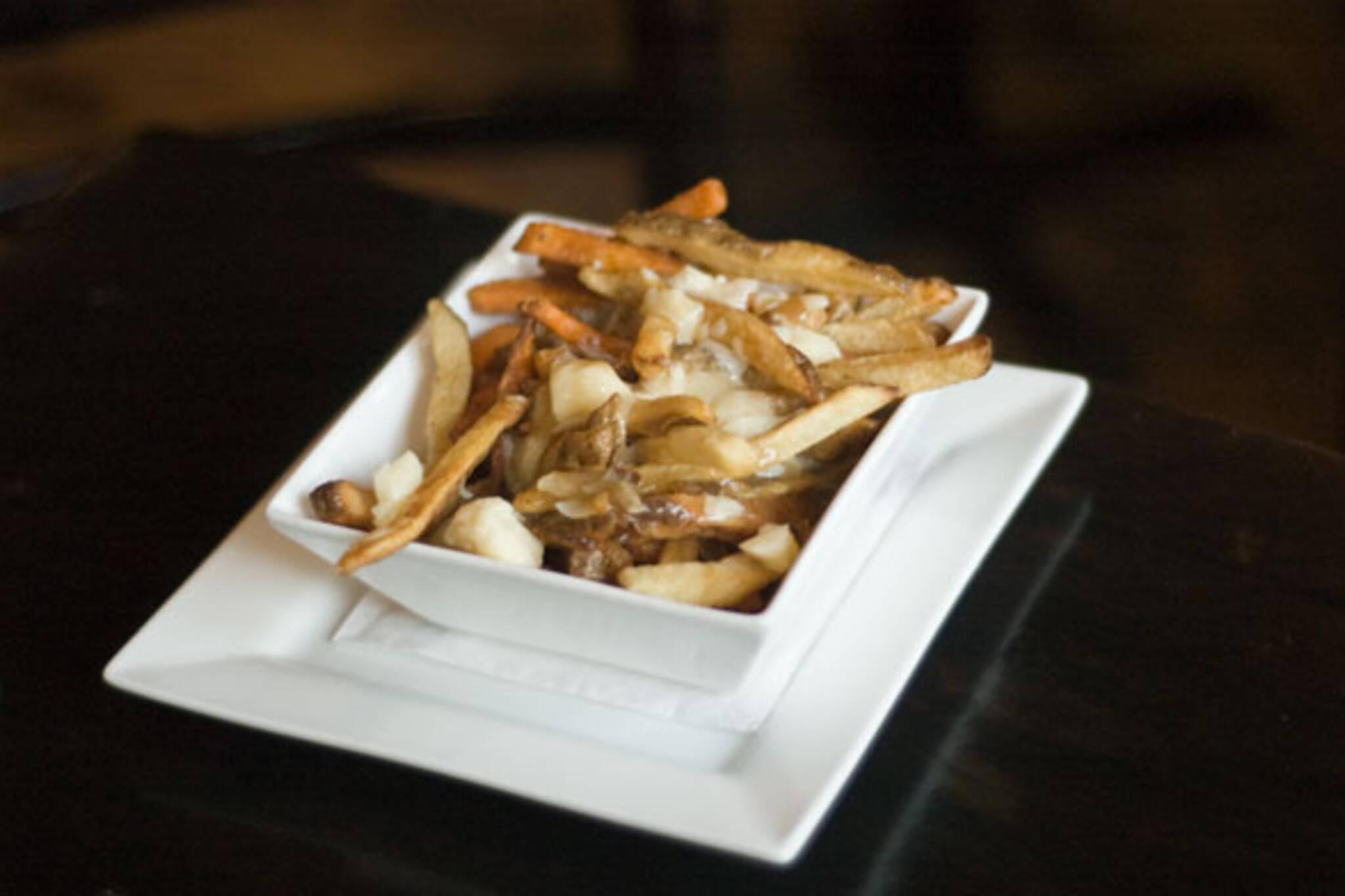 Sweet potato fries poutine