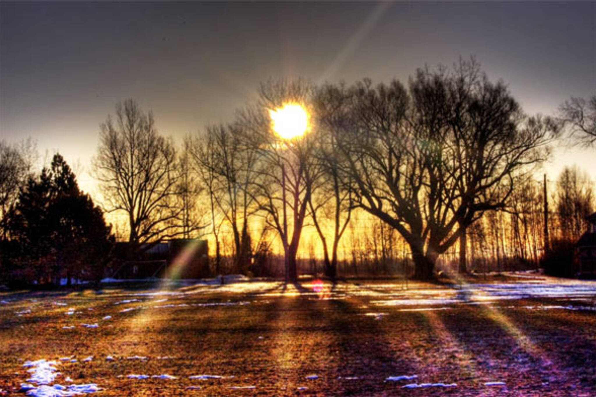 toronto sunset/><em>Photo:
