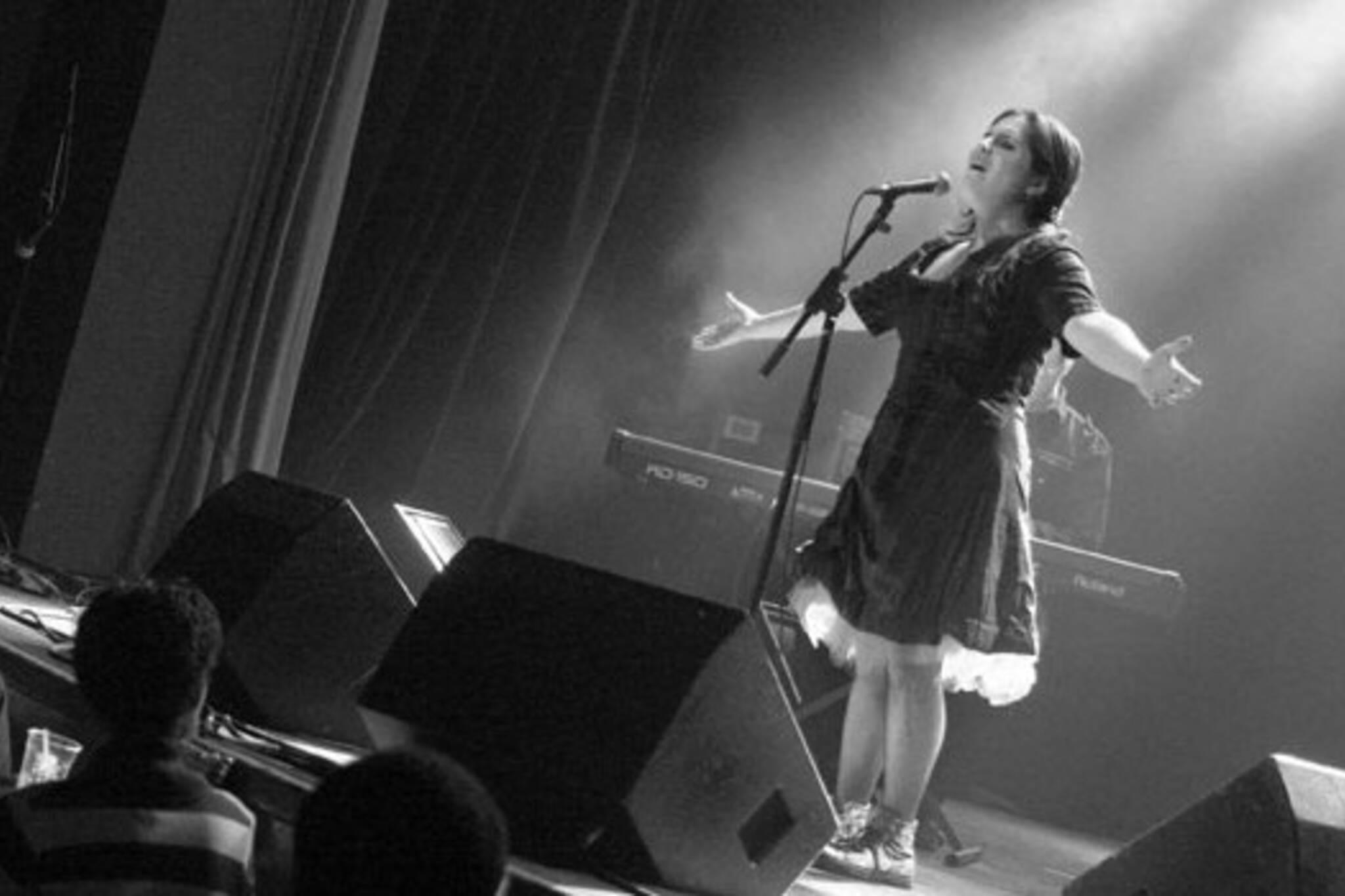 Montreal jazz and cabaret singer Amanda Mabro in town tonight