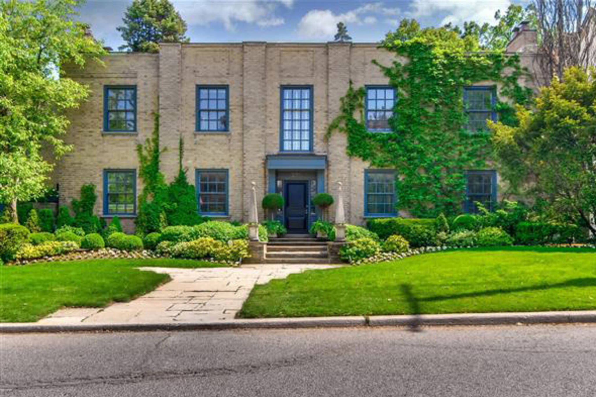 276 Forest Hill Road