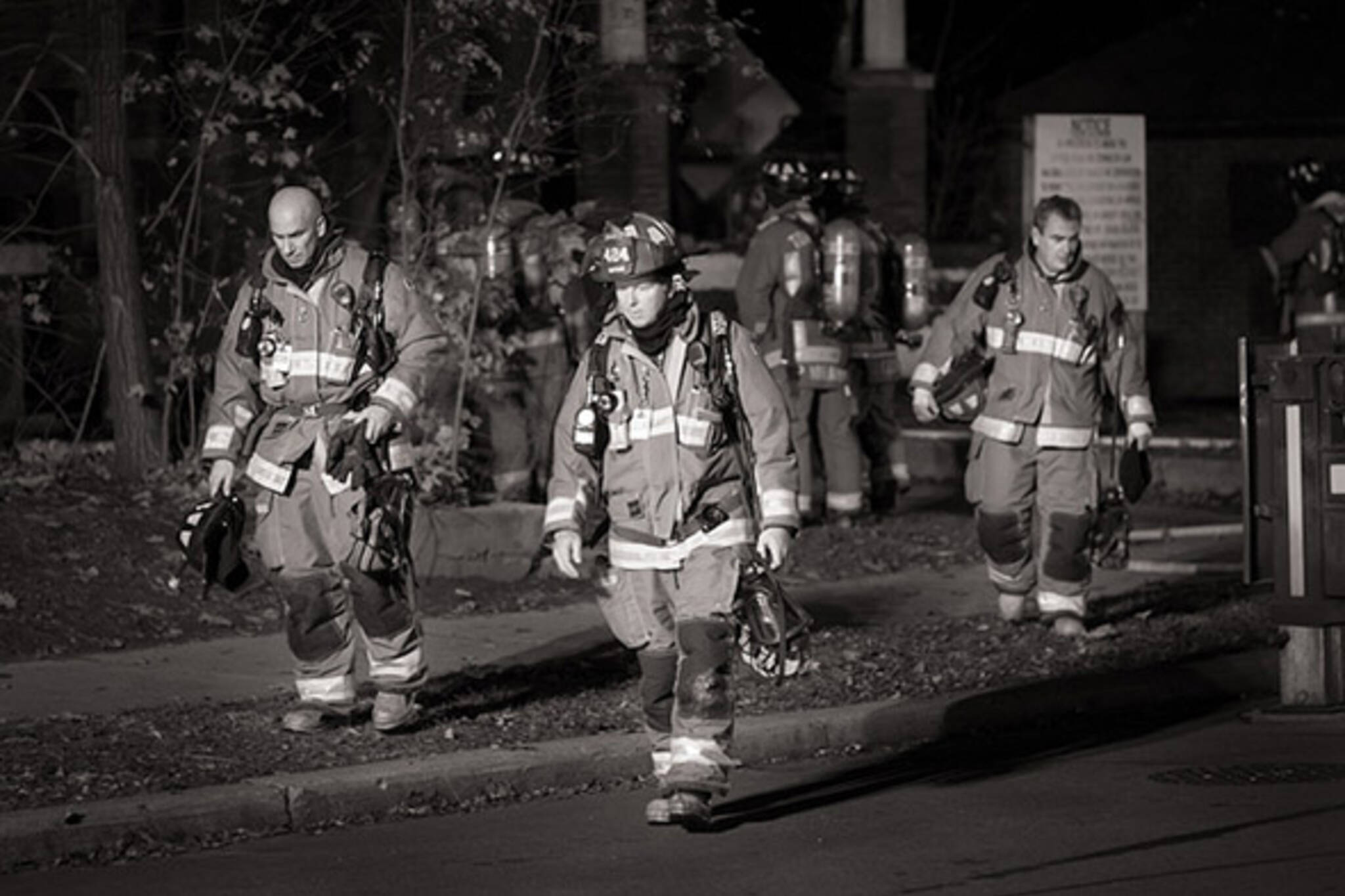 fire, fighters, toronto